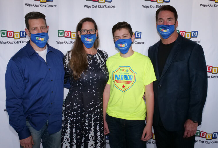 Tacey Family w Masks